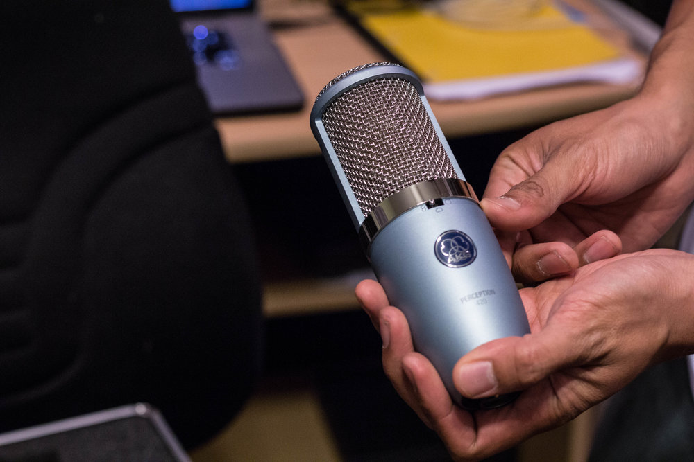 MICROPHONE -  AKG Perception P420