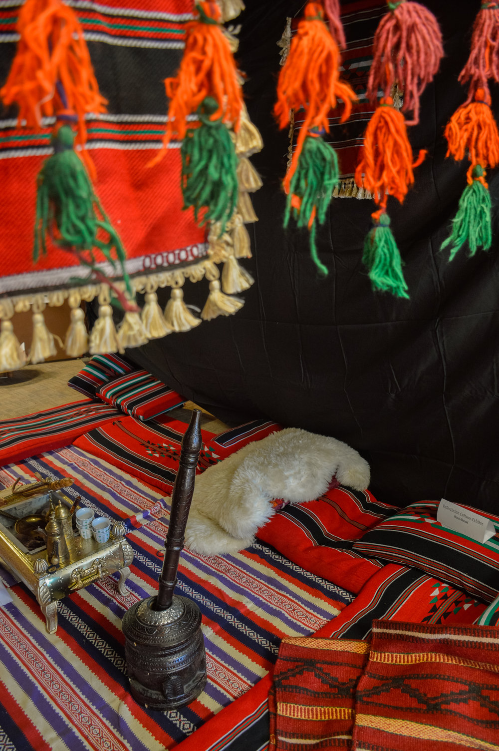 Traditional Israeli/Palestinian textures/colors, presented during a time in which those present were welcomed to sit and engage with others.