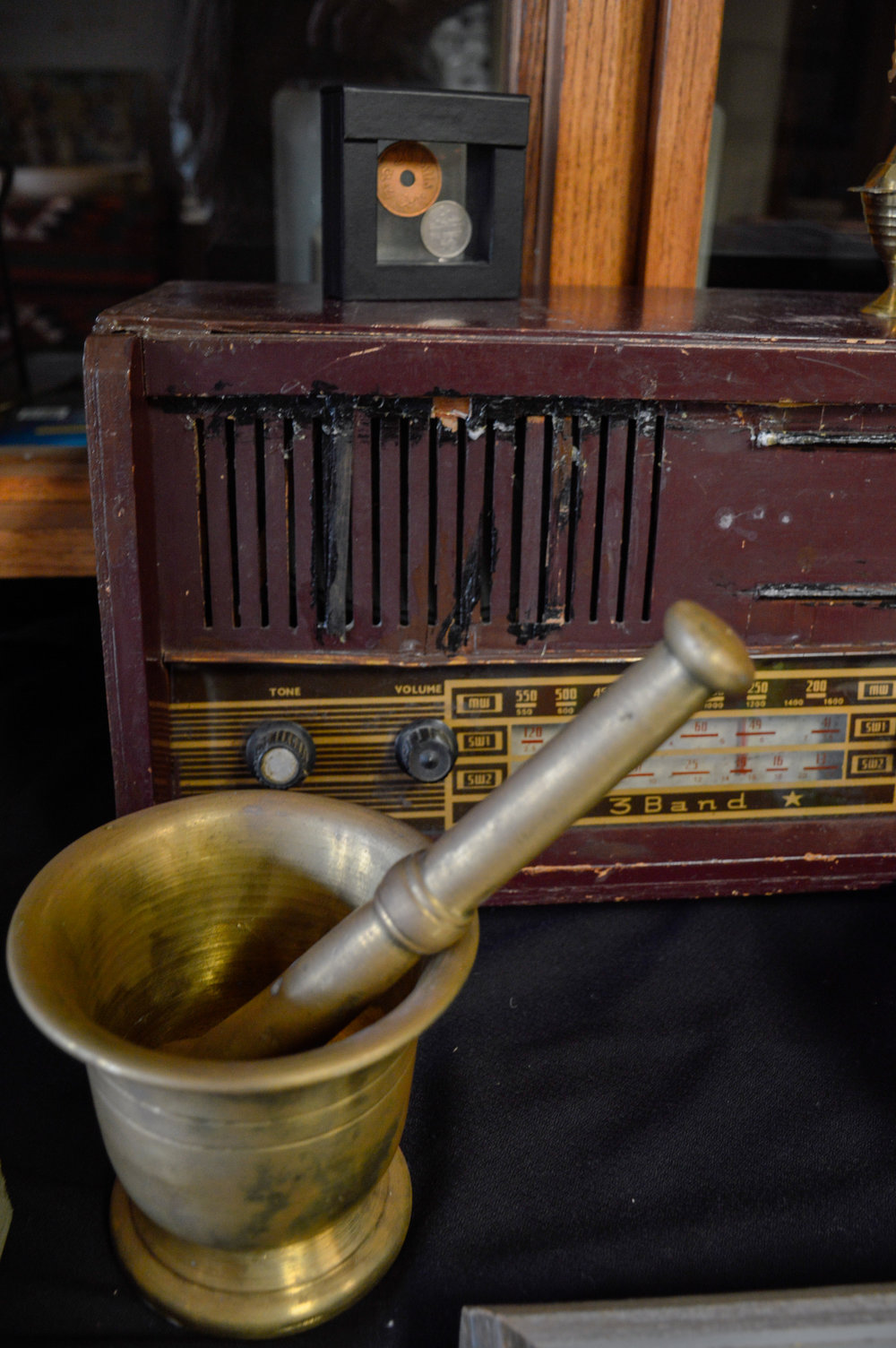 Old radio and artifacts found at Broken Film Festival