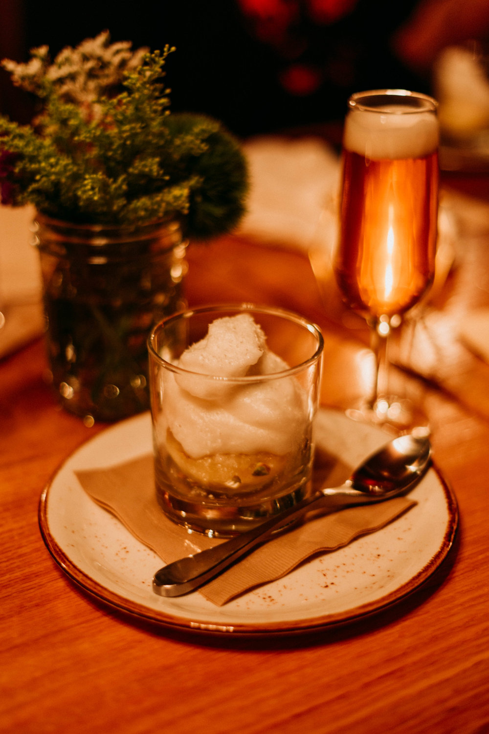 The sixth and final course - Roasted Apples topped with champagne foam, paired with Barley's Champagne Ale.