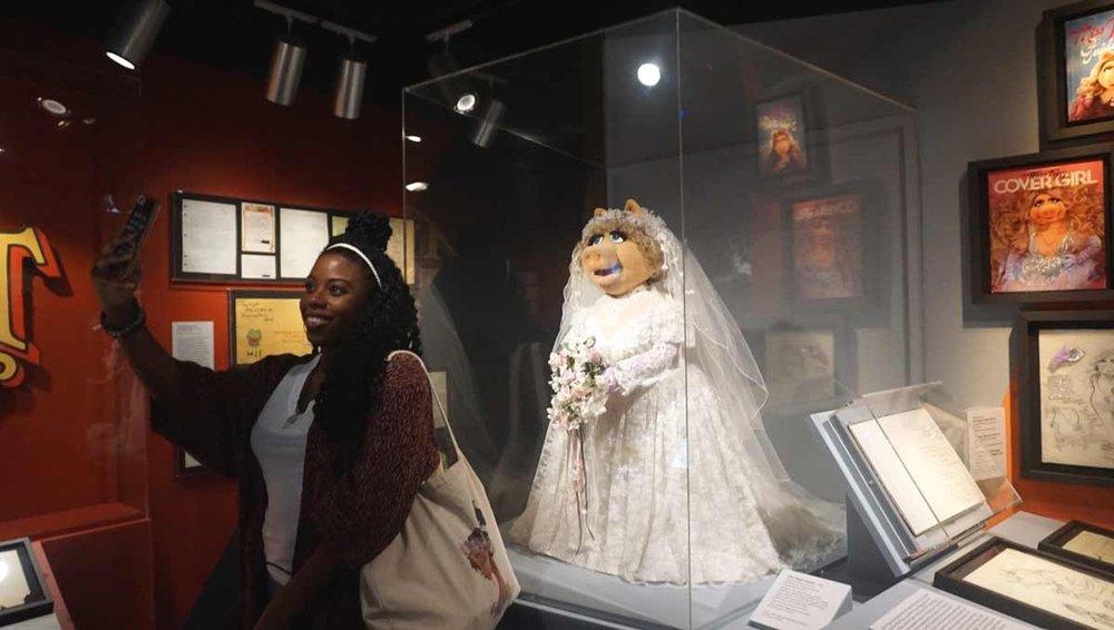 Miss Piggy puppet, 1984
