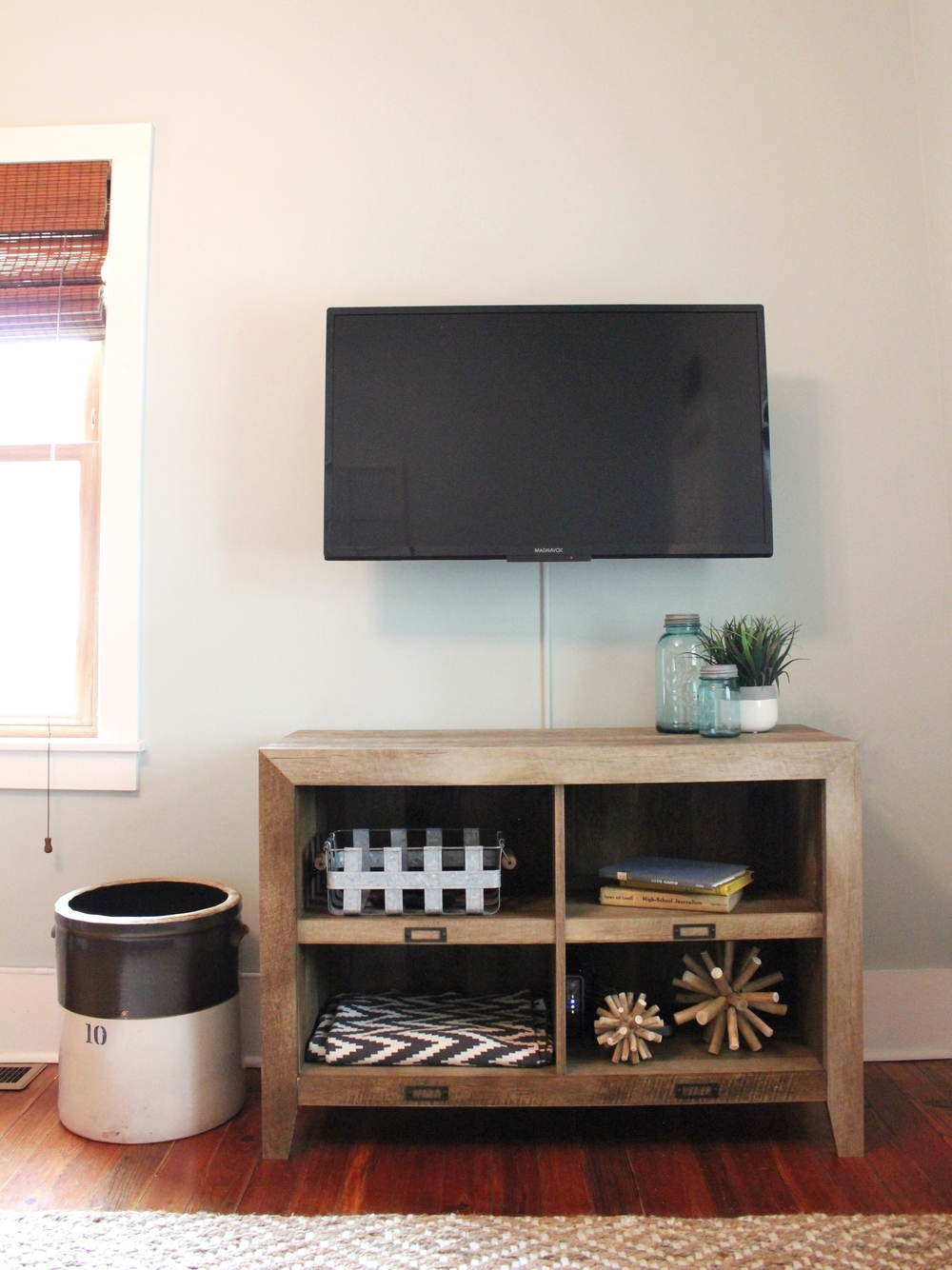 Pottery: Family Heirloom // TV Stand: Wayfair // Accessories: Target & Bargain Hunt.