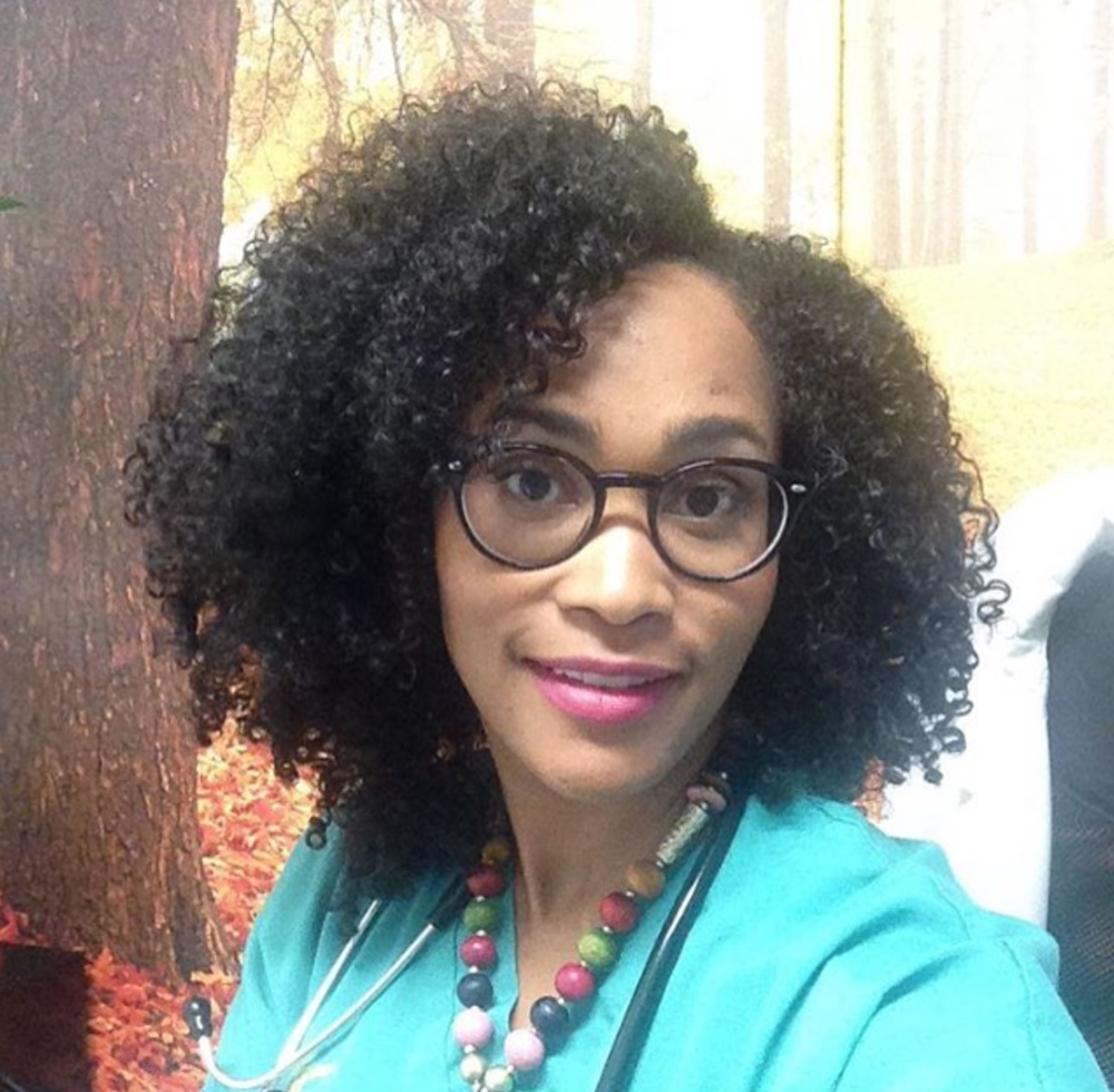 FEATURED: @thecurldiva | Internal Medicine Physician