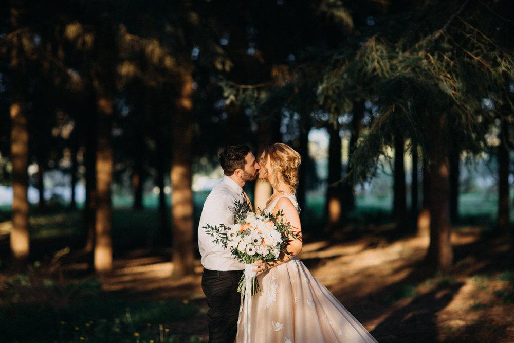 bride and groom in the mountains, classy bride, stylish bride, bhldn bride, bhldn wedding dress