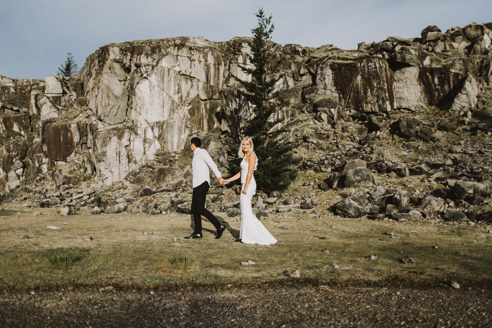 eloping in oregon, eloping in washington, eloping in the pnw, elopement in pnw