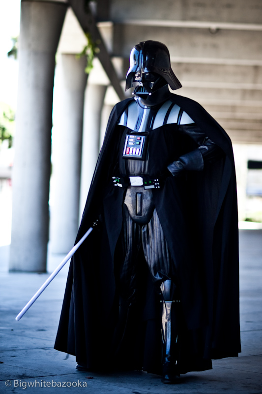darth-vader-costume-cosplay.jpg