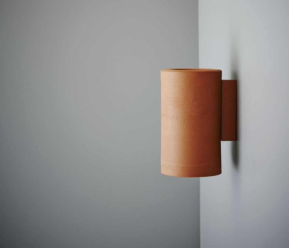 SLIDE SHOW 02_Earth wall light Terracotta.jpg