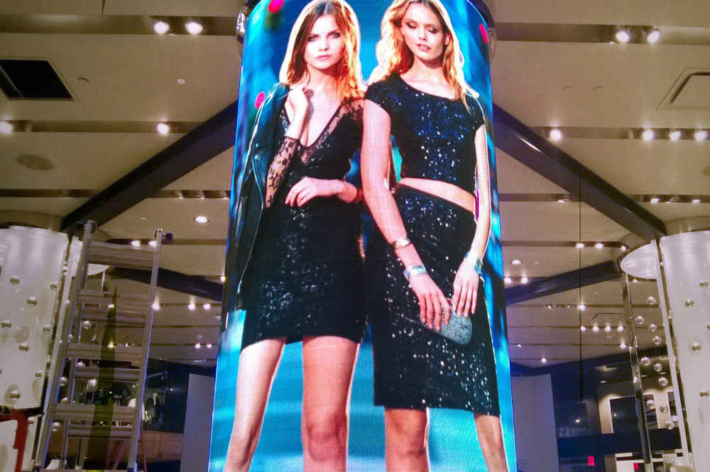 LED Video Column for Express Store San Francisco