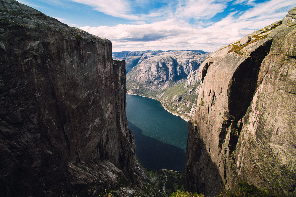 011 Kjerag wedding fotojura norway.jpg