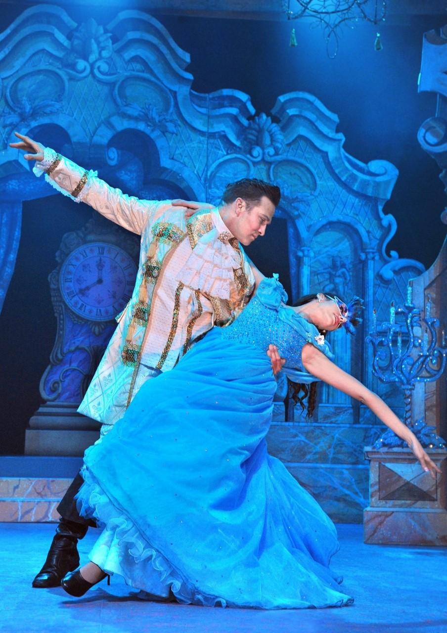 Cinderella - Hazlitt Theatre 2017-18