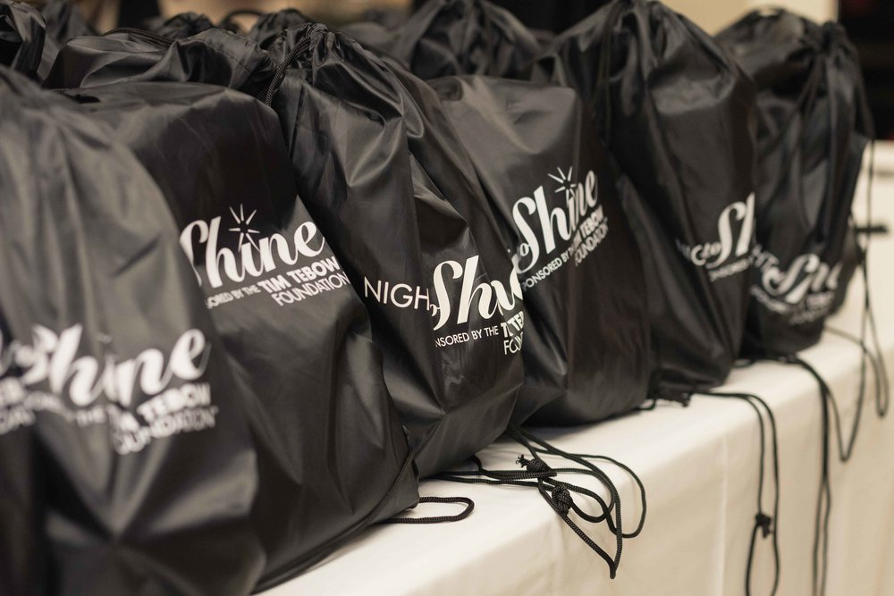 InBetweenDreamsWedding_NightToShine2018_HorizonChurch (227 of 514).jpg