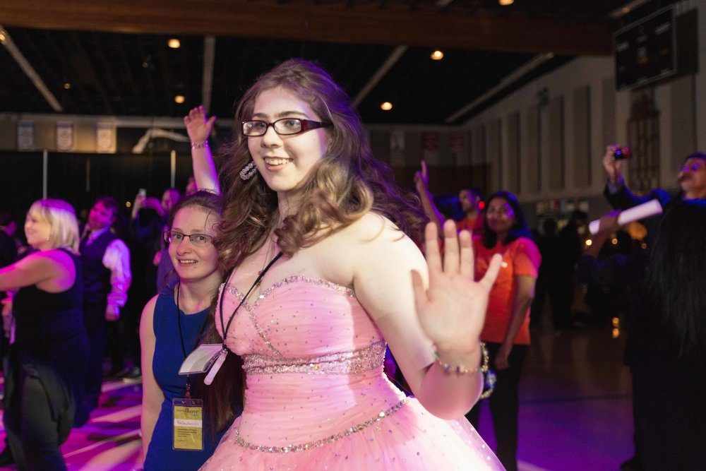 InBetweenDreamsWedding_NightToShine2018_HorizonChurch (286 of 514).jpg