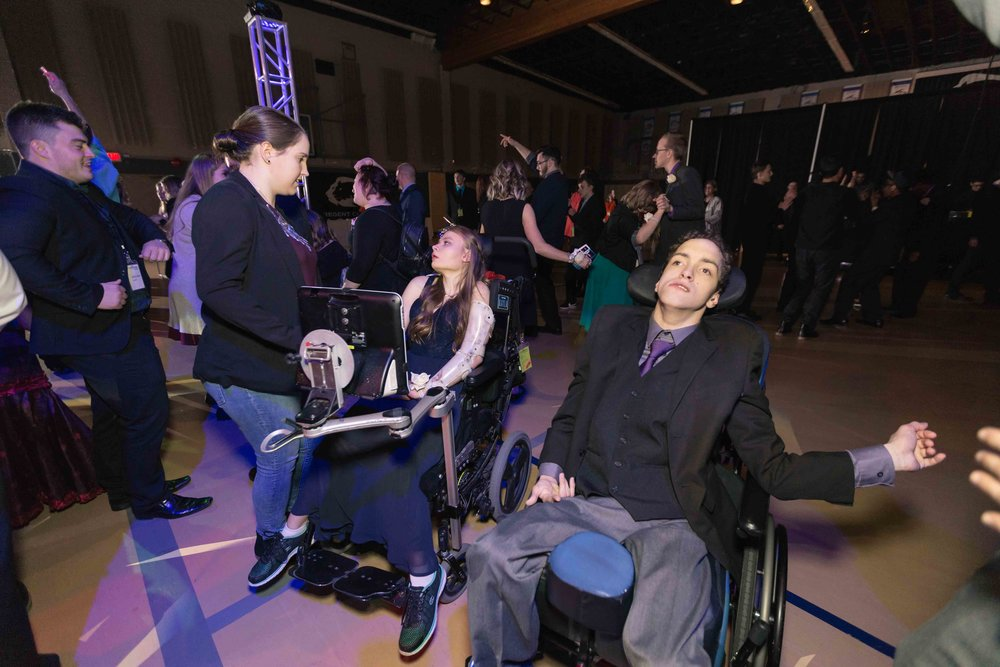 InBetweenDreamsWedding_NightToShine2018_HorizonChurch (317 of 514).jpg