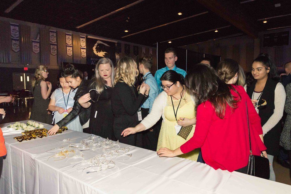 InBetweenDreamsWedding_NightToShine2018_HorizonChurch (364 of 514).jpg