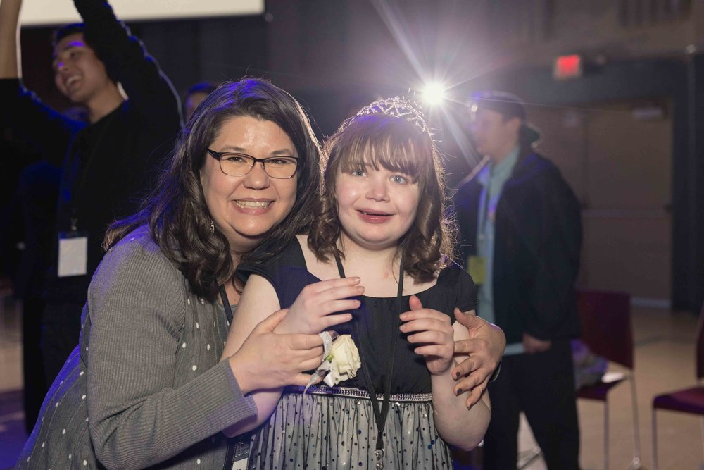 InBetweenDreamsWedding_NightToShine2018_HorizonChurch (385 of 514).jpg