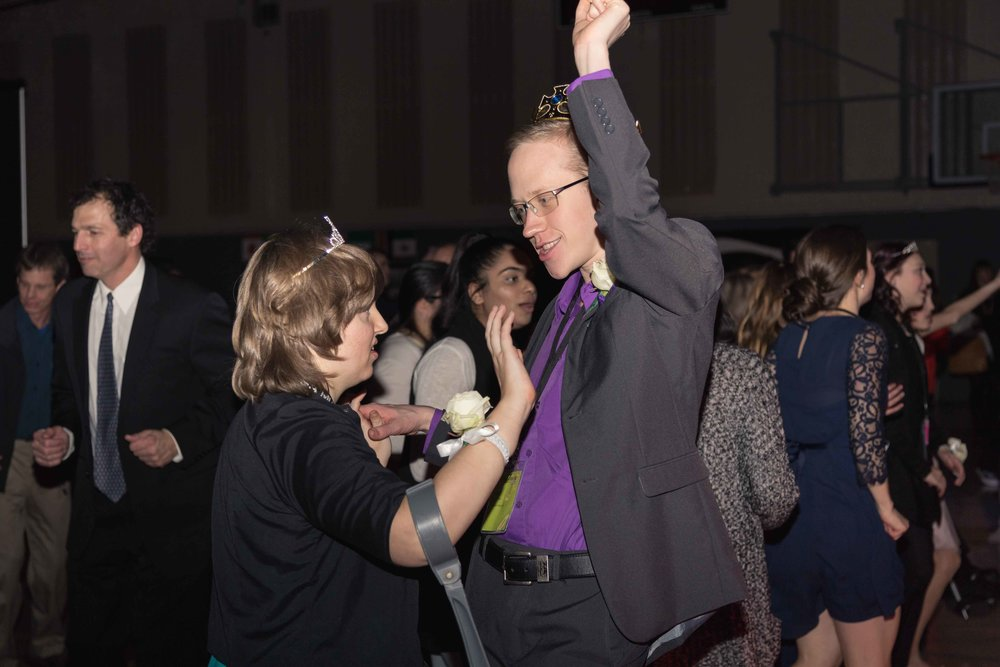 InBetweenDreamsWedding_NightToShine2018_HorizonChurch (408 of 514).jpg