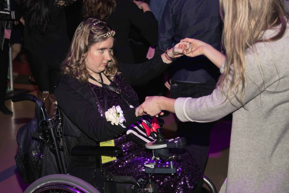 InBetweenDreamsWedding_NightToShine2018_HorizonChurch (409 of 514).jpg