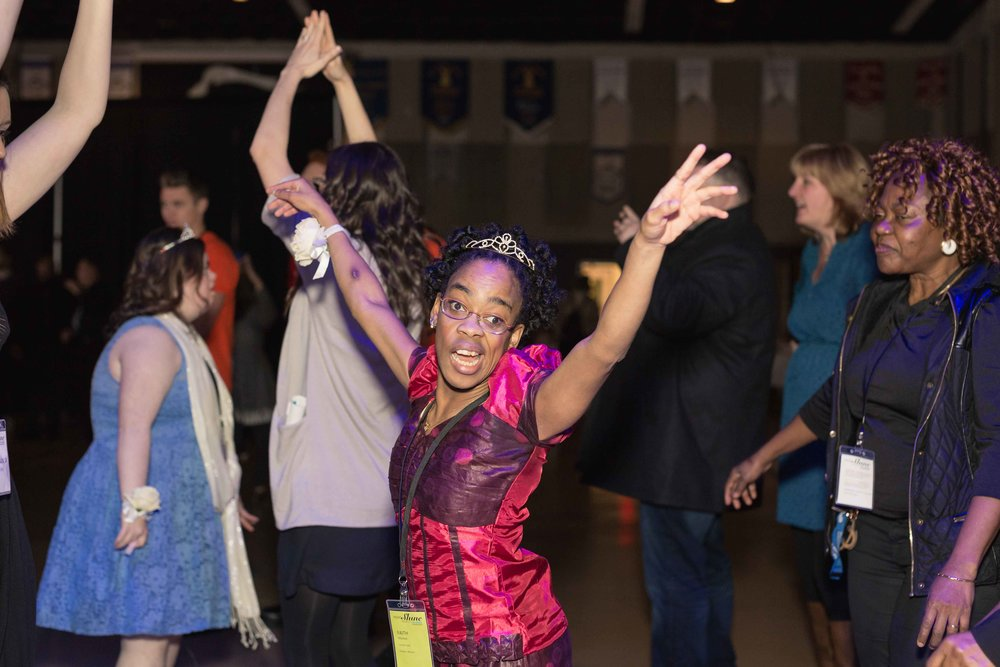 InBetweenDreamsWedding_NightToShine2018_HorizonChurch (410 of 514).jpg