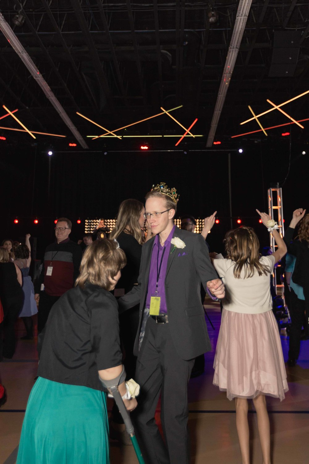 InBetweenDreamsWedding_NightToShine2018_HorizonChurch (419 of 514).jpg