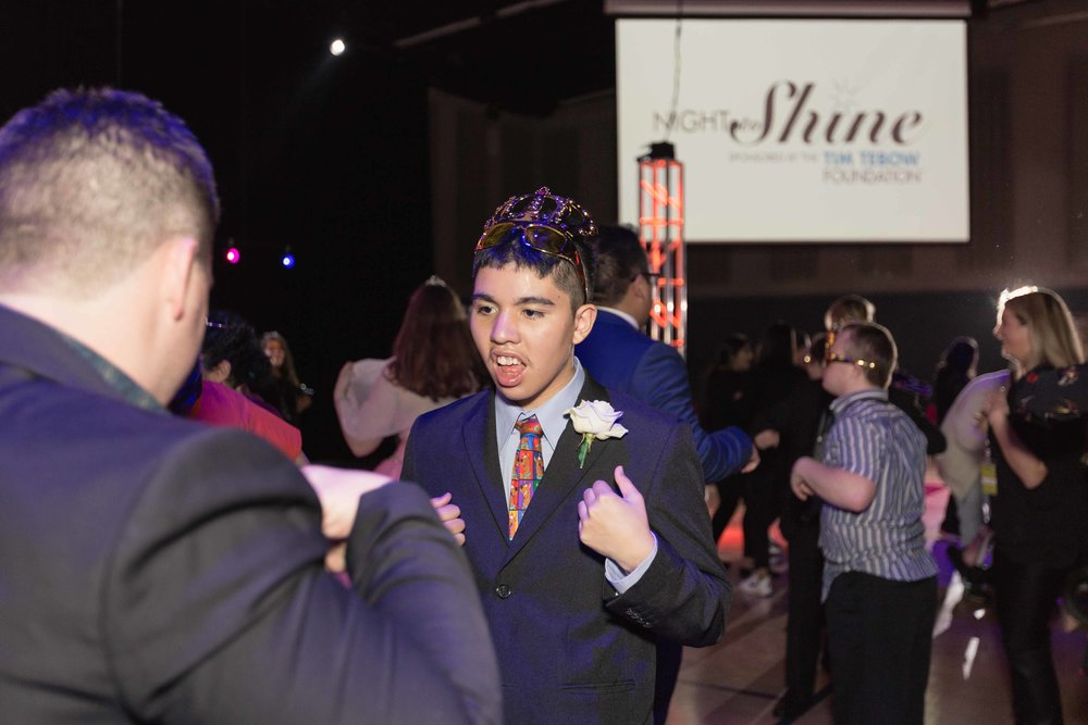 InBetweenDreamsWedding_NightToShine2018_HorizonChurch (429 of 514).jpg