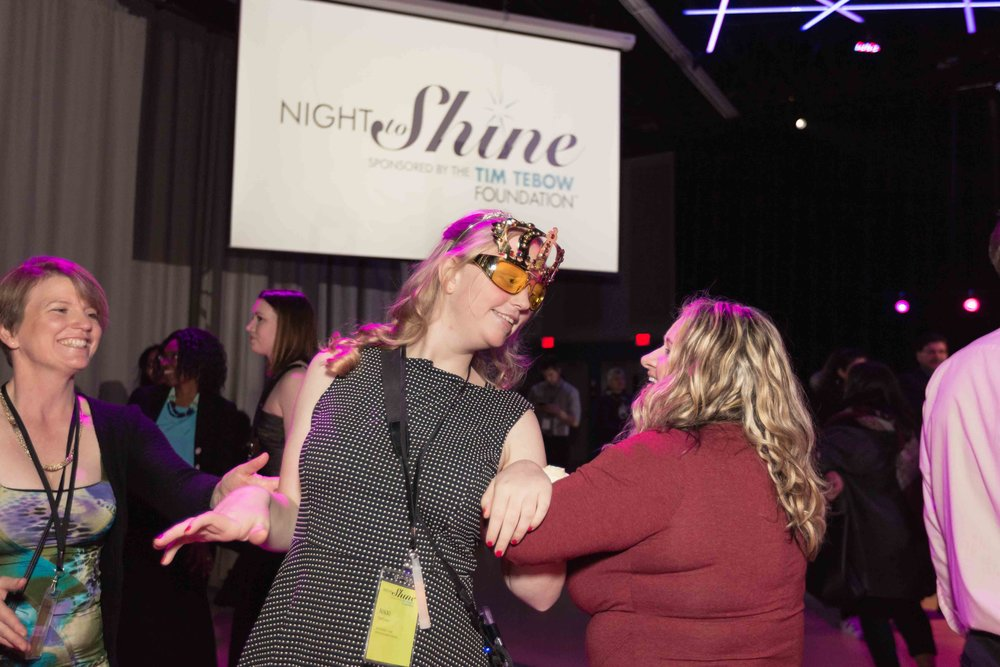InBetweenDreamsWedding_NightToShine2018_HorizonChurch (434 of 514).jpg