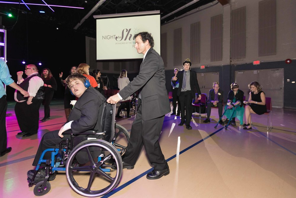 InBetweenDreamsWedding_NightToShine2018_HorizonChurch (441 of 514).jpg