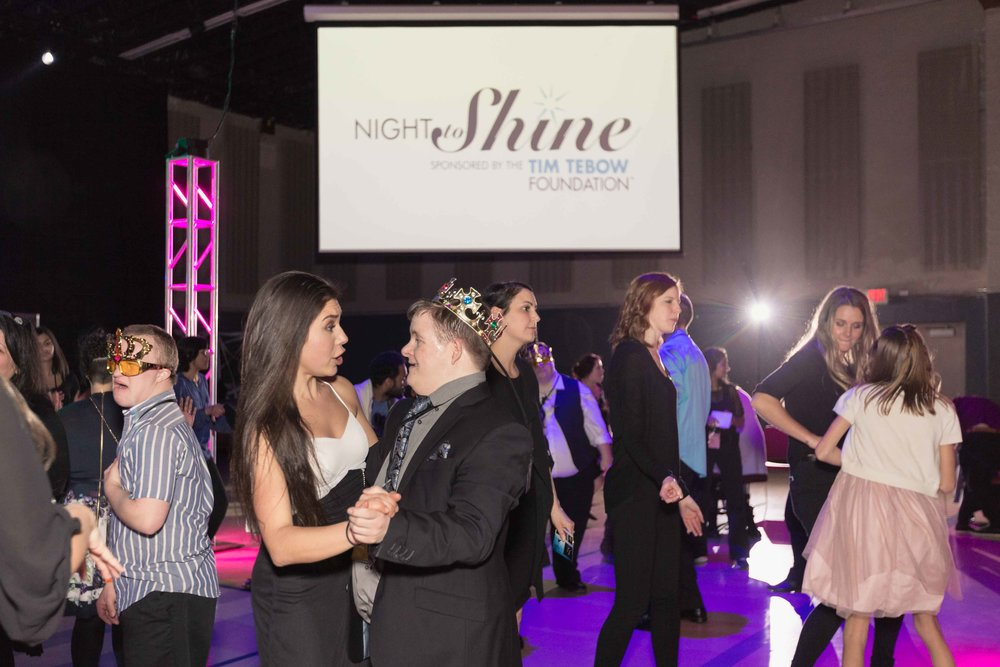 InBetweenDreamsWedding_NightToShine2018_HorizonChurch (443 of 514).jpg