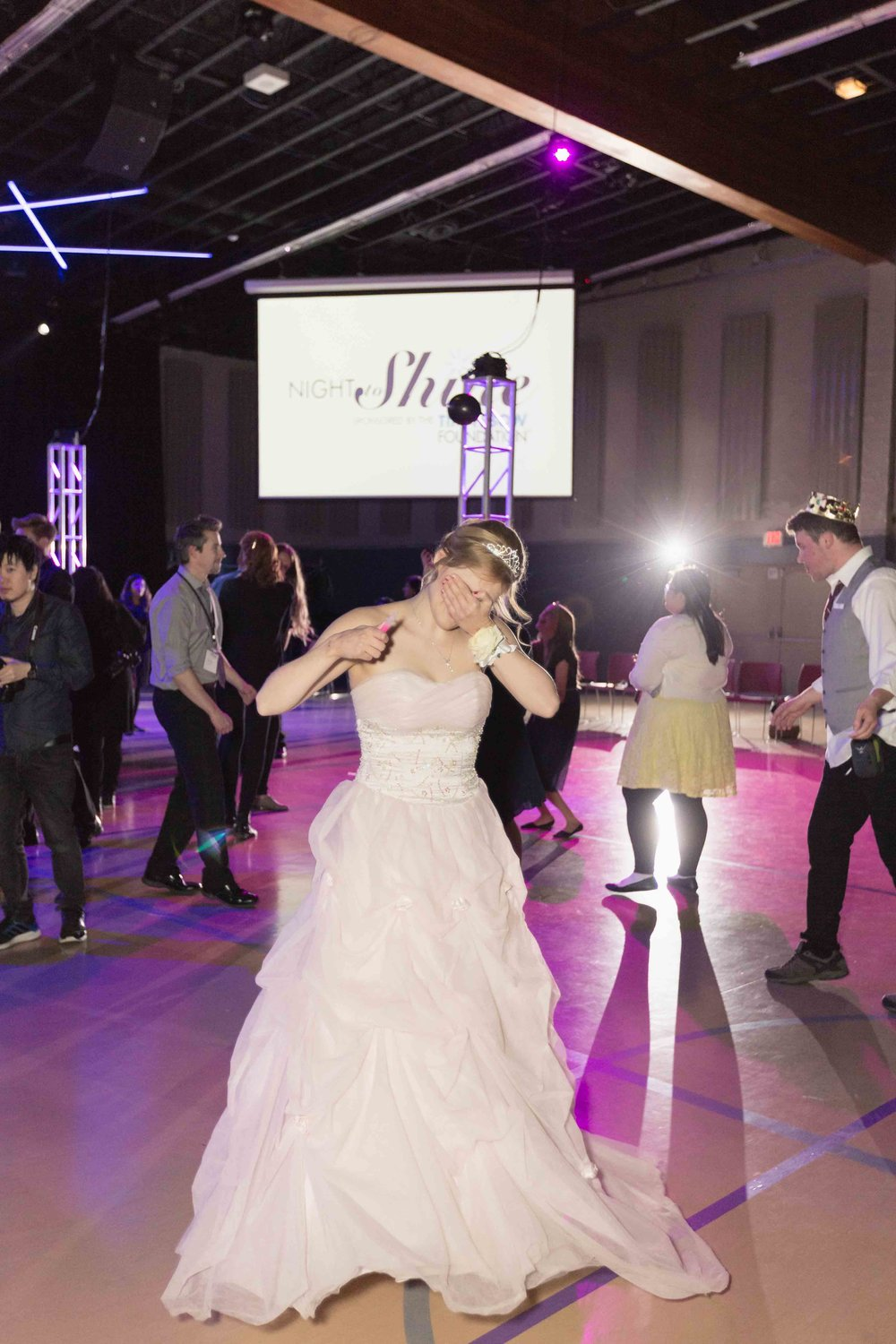 InBetweenDreamsWedding_NightToShine2018_HorizonChurch (468 of 514).jpg