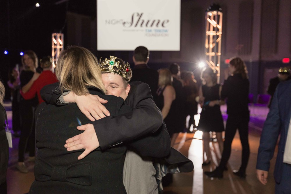 InBetweenDreamsWedding_NightToShine2018_HorizonChurch (475 of 514).jpg