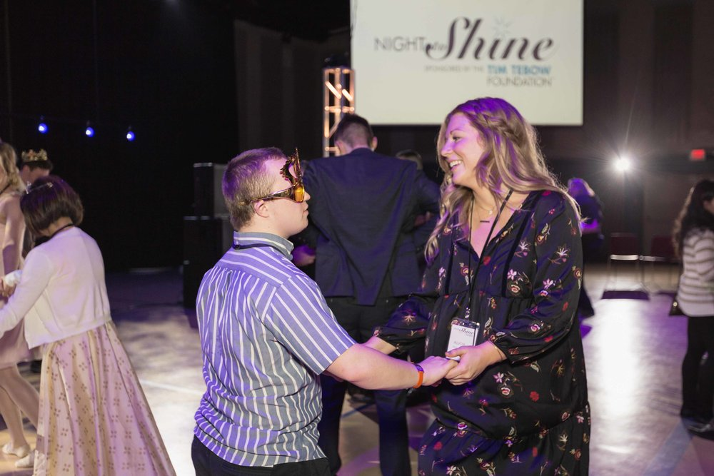 InBetweenDreamsWedding_NightToShine2018_HorizonChurch (478 of 514).jpg