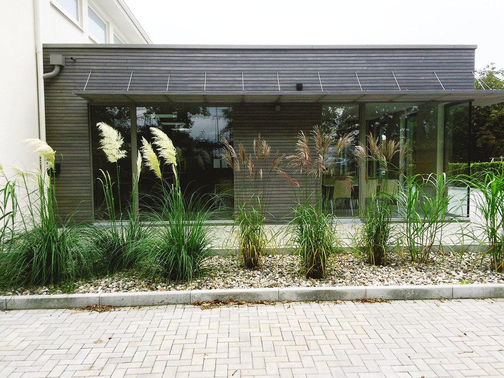 02_Maahs-Ivens_Gartenbau_Referenz2_Bodenständig_Gallerie_6.jpg