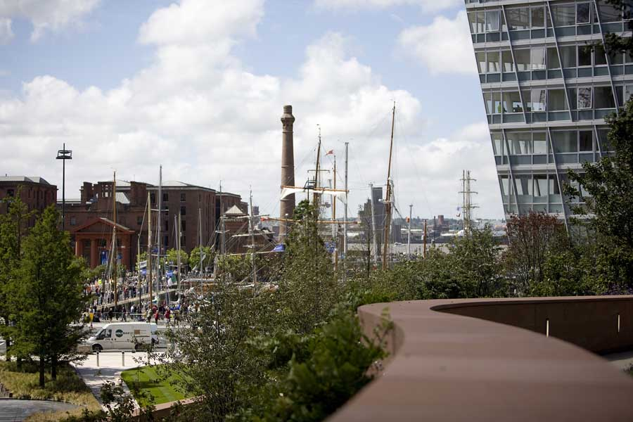 liverpool_one_bdp220509_db[1].jpg