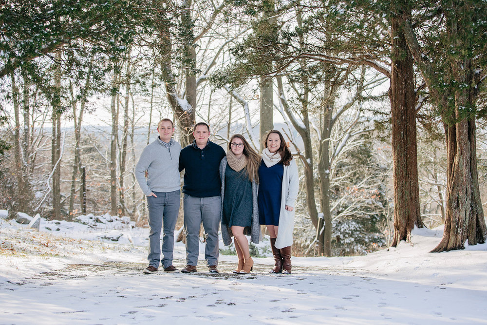 winter family photos.jpg