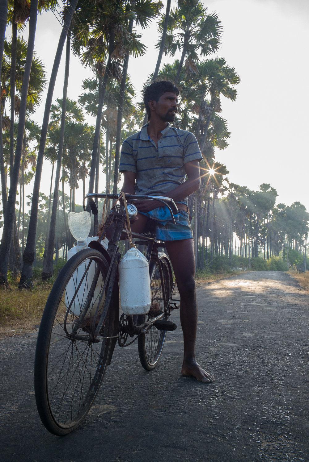 Chellakiliye, 31, begins a morning's harvest in Valipurakuruchchi village.