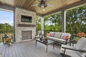06 IMG_3815[1] Deck outdoor living.jpg