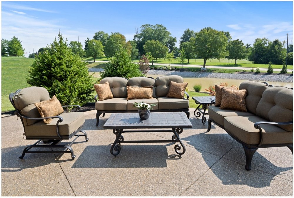 Vintage Oaks Markham Outdoor Living
