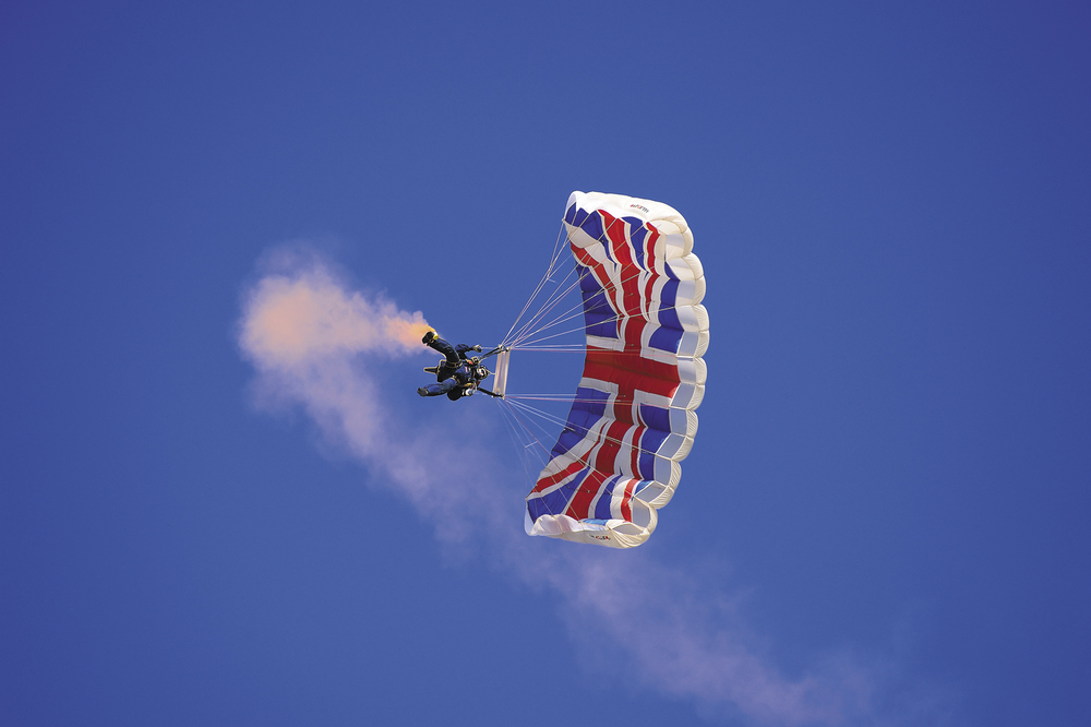 09) Air Show The Tigers Parachute Display Team_CRL1267.jpg