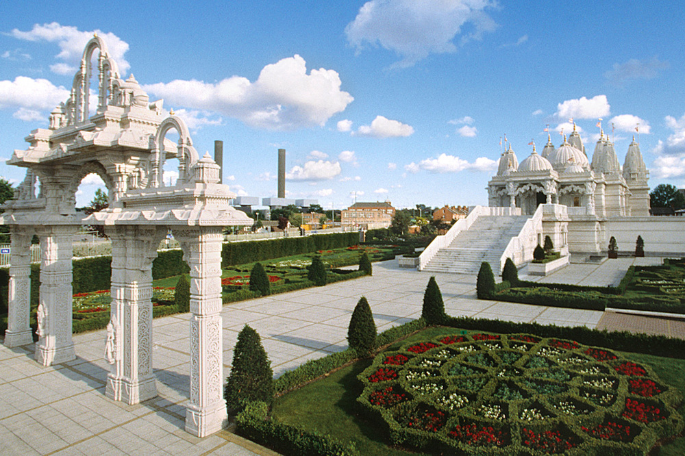 photo: londonmandir.baps.org