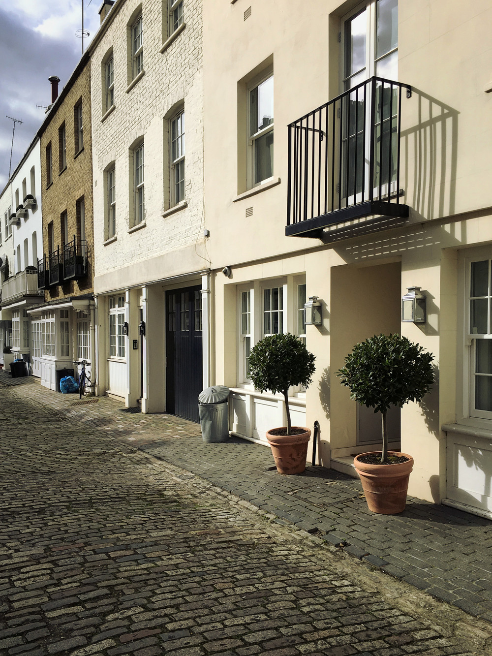 Eaton Mews  (own photo)