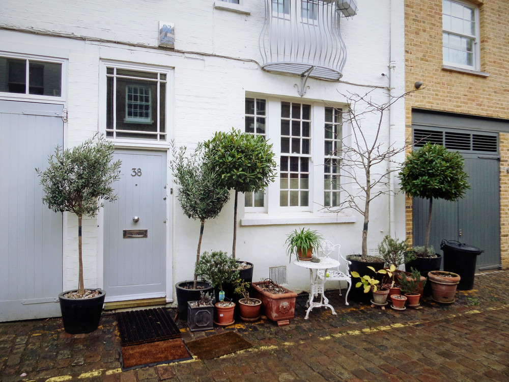 Hyde Park Gardens Mews (own photo)