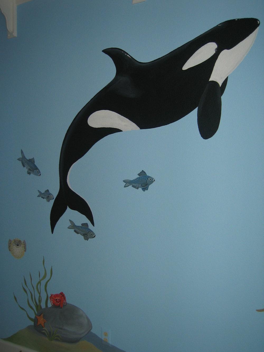 20040525.08.mural.killer.whale.jpg