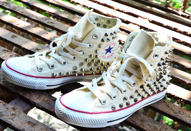 How to Guide  Studded Converse Chuck Taylor Sneakers — SOLIFESTYLE® 0ce6bfdb8