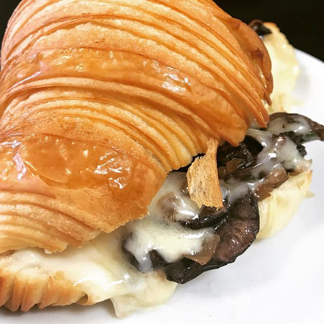 Monday's Mushroom croissant #mushrooms #croissant #breeoshbakery #breeoshcafe #pierrelebaker #goodaytoday