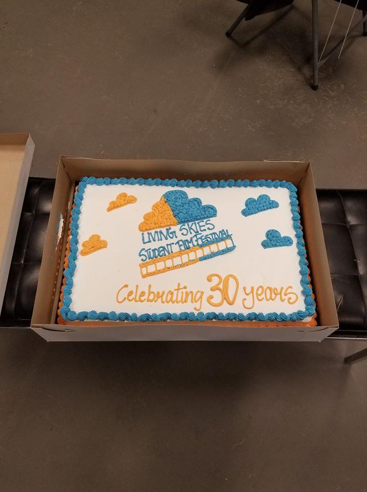 30 Years Cake.jpg