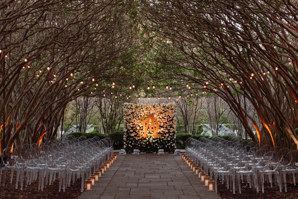 Photography by Celina Gomez Weddings