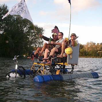 PontoonMultiBoat.png
