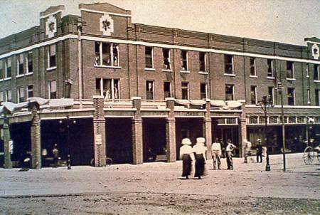 Hotel Grace 1910.jpg