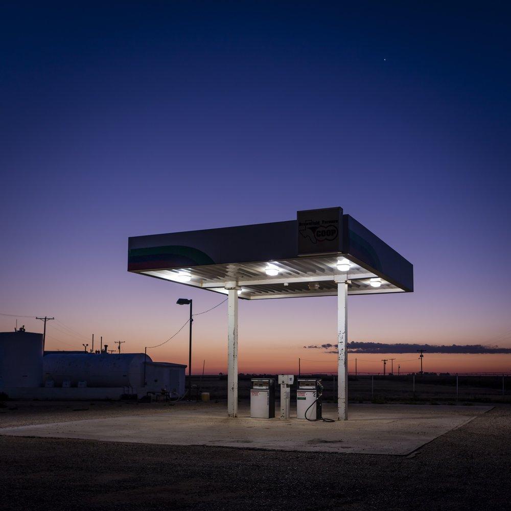 Ashton Thornhill, Meadow Gas Station – Meadow, Texas, 2015