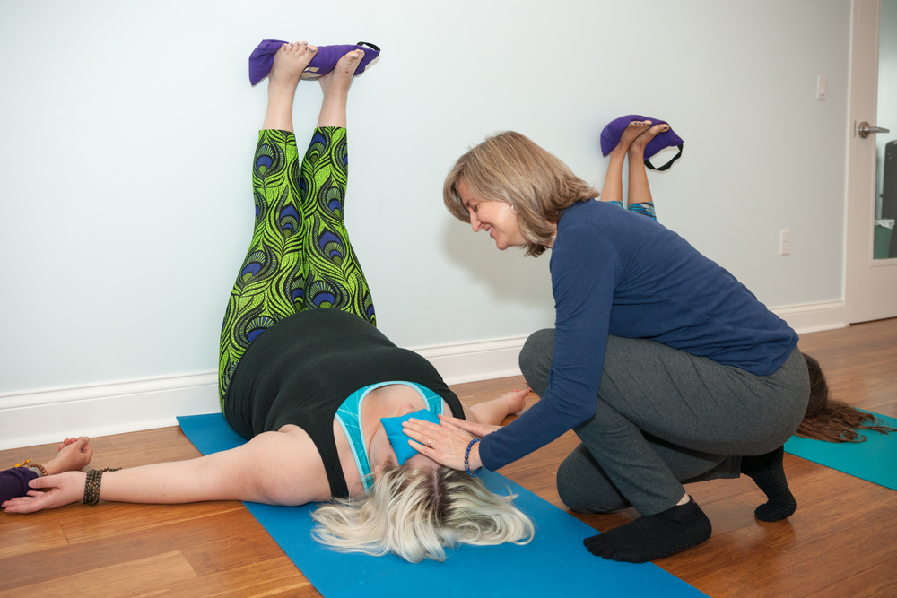 yoga-for-low-back-pain-knoxville