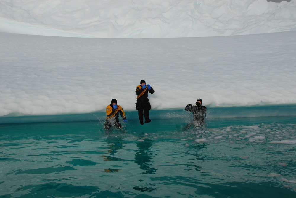 Antarctica - 11 of 33.jpg